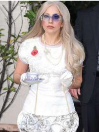 "Bølgete 22"" Slank Syntetisk Lang Lady Gaga Parykk"